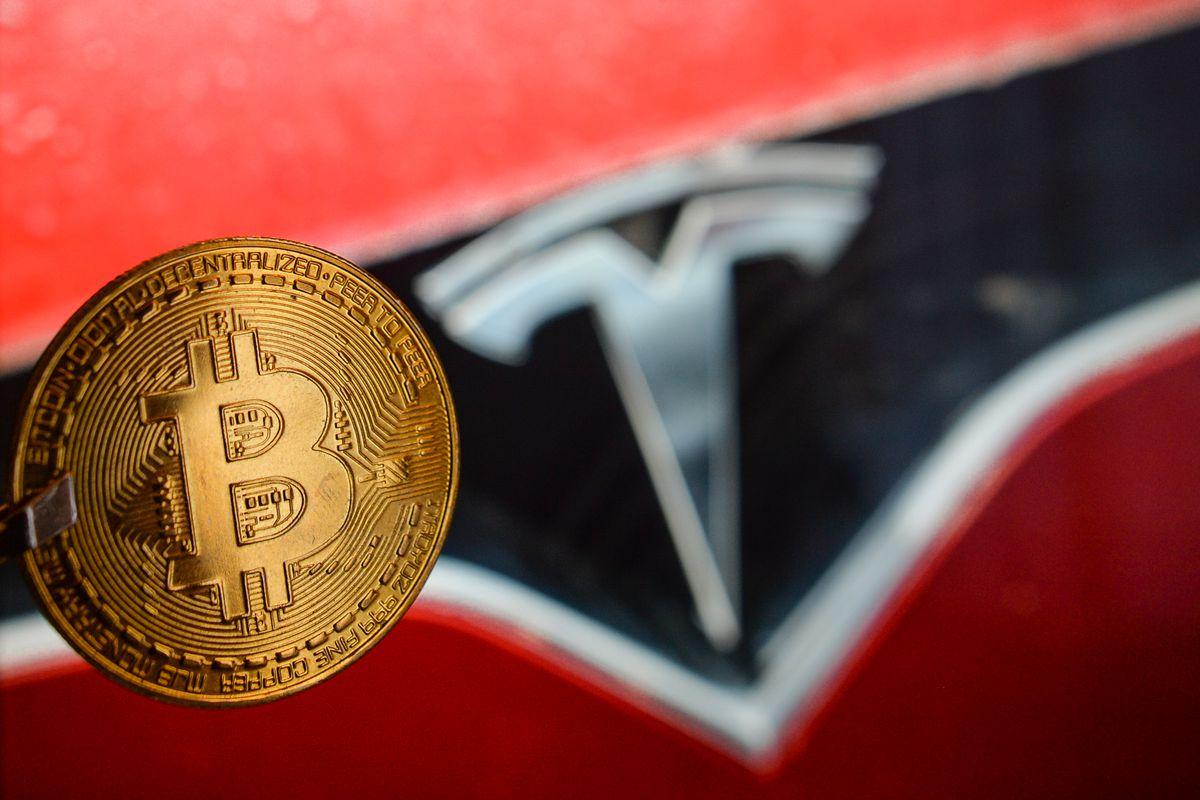Tesla potrebbe riaccettare Bitcoin